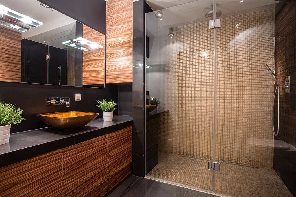 Bathroom Remodeling on 4421 Laurelgrove Ave, Los Angeles County