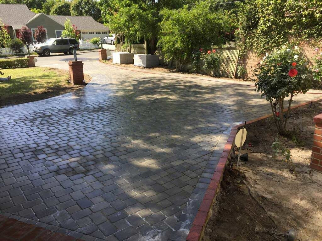 Angelus Gray Charcoal Pavers
