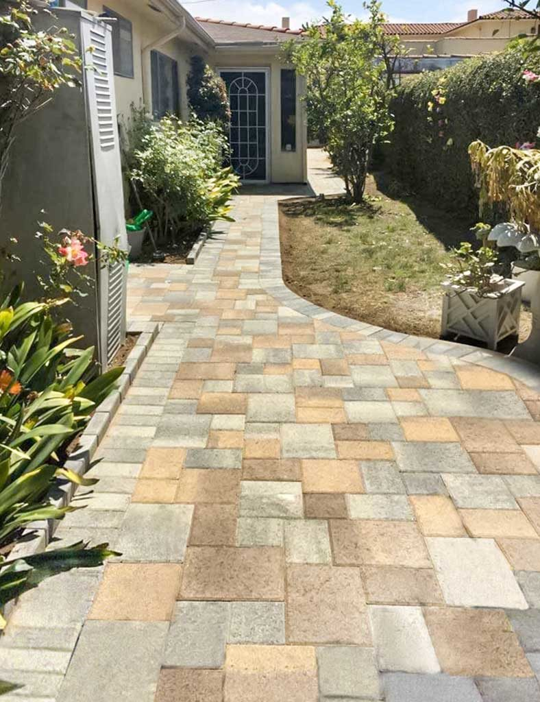 Custom Mix of Sand stone mocha-and Gray Charcoal courtyard paves